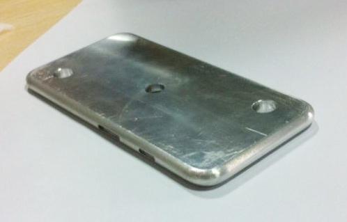 iPhone-6-Maqueta-Metal-Rumor-screenshot-1